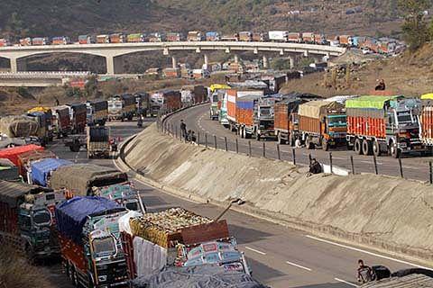 Two-way traffic resumes on Sgr-Jmu Highway