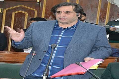 Sajad Lone reviews implementation of Juvenile Justice