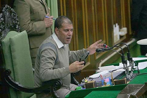 House adjourned for want of quorum
