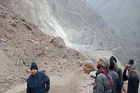 Landslides disrupt traffic on Highway