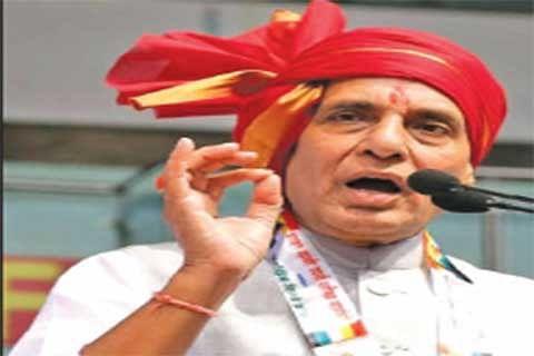 Rajnath inaugurates 6th Hunar Haat, platform for artisans from minority communities