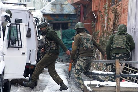 CRPF constable killed, policeman critically injured in ongoing firefight in Kashmir capital