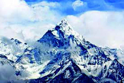 China differs with Nepal over height of Mt Everest: Report