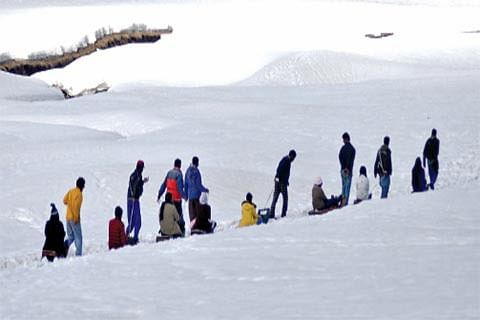 Kashmir not among top places attracting foreigners in India: Union tourism ministry