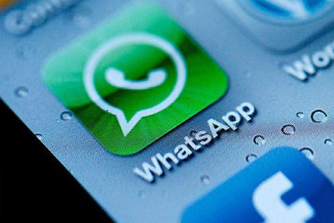 """Quoting WhatsApp message renders """"delete"""" feature ineffective"""