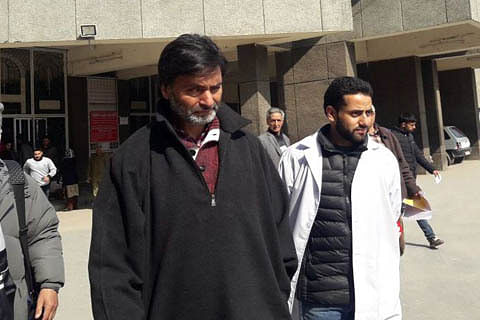 JKLF chief Yasin Malik discharged from SKIMS, condemns killing of Soibugh resident