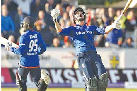 England beats NZ by 4 runs in thrilling 3rd ODI
