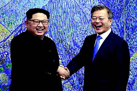 North, South Korea seek peace, denuclearisation in historic summit