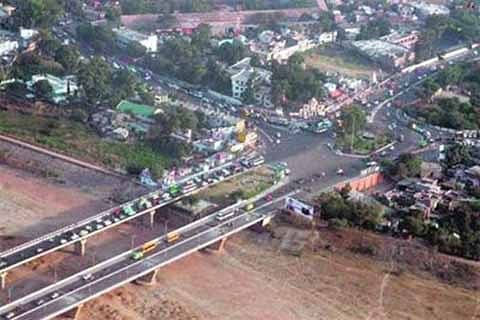 Mess on city roads as JMC fails to make rehri zones functional