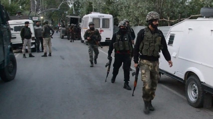 Gunfight breaks out in south Kashmir's Shopian; top Jaish commander likely trapped