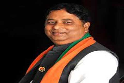Sat Sharma reviews SMC's functioning