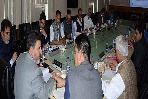 Altaf Bukhari reviews implementation of DDB decisions, commitments of Anantnag district