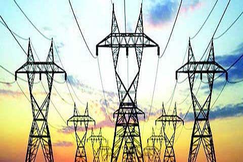 Erratic power supply in Chrar, Chadoora, residents suffer