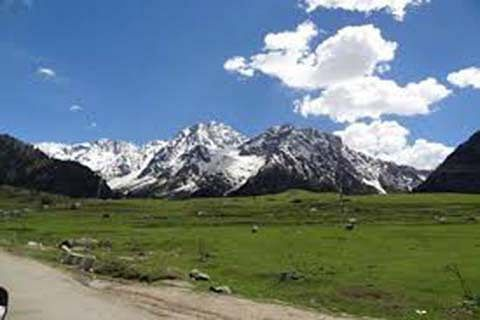 Lack of facilities turns tourists away from Yusmarg