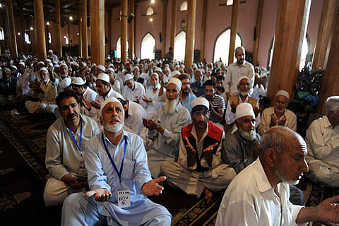 Jumat-ul-Vida worshippers pray for free Palestine