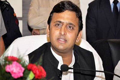 Akhilesh Yadav vacates official bungalow in Lucknow