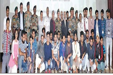 Army, FTTI organise courses for Baramulla youth