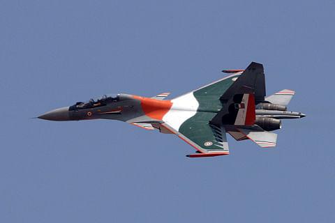 Sukhoi jet crashes in Maharashtra, pilots survive