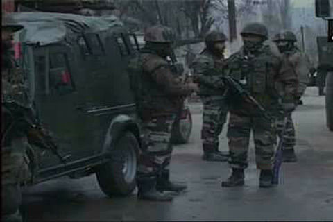 South Kashmir: Three soldiers wounded in Shopian militant attack