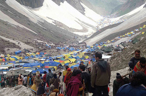 Day 2: Incessant rains halt Amarnath yatra in Kashmir Himalayas