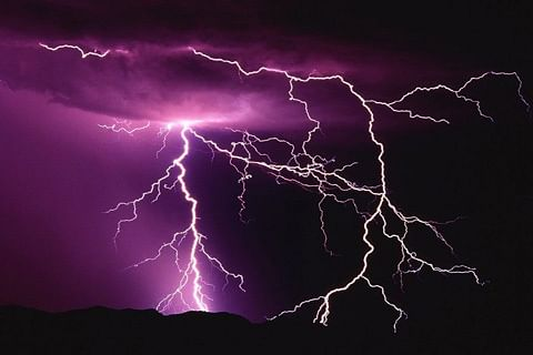 Girl refuses to marry groom when he behaves strangely after lightening strike