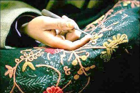 'GST dealt a death blow to Kashmir handicrafts'
