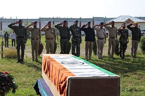 Policeman abducted by militants found dead in Kulgam