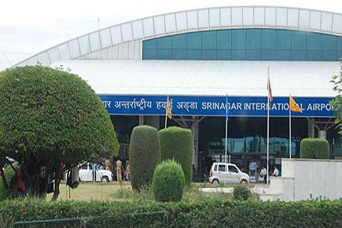 Night-landing facility at Srinagar airport soon: Div Com