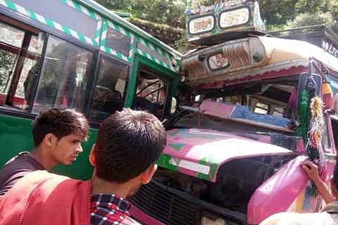 Sixteen injured after two passenger vehicles suffer collision in Reasi