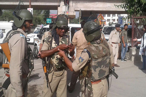 CRPF trooper wounded in grenade blast in Hyderpora