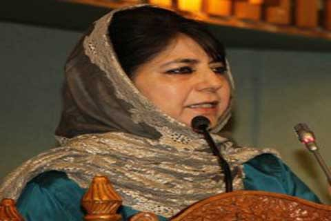 Trust of Kashmiris will erode if Delhi breaks our party: Mehbooba