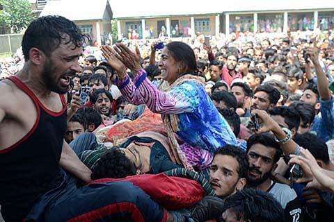 Kulgam killings: Younger brother dies, elder battles for life in Srinagar hospital