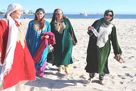 Pheran on the Pacific beach: Reclaiming the culture