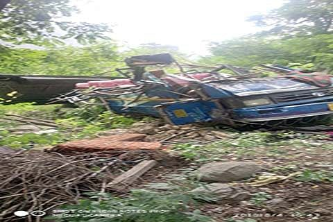 3 critically injured as vehicle plunges into gorge