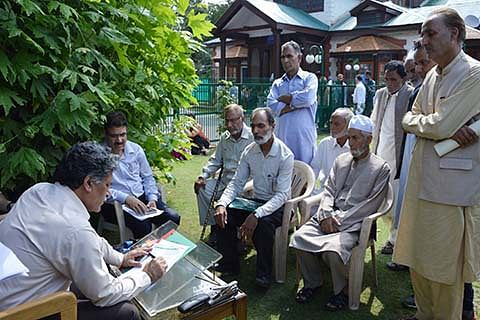 Advisor Ganai seeks public cooperation for implementation of schemes