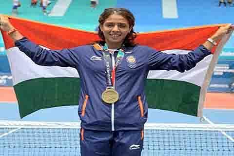 Governor, Advisor felicitate Ankita Raina for securing maiden medal at Asian Games