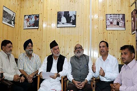 J&K civil society group threatens mass agitation if Article 35A is altered