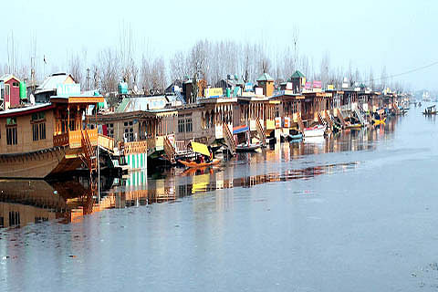 'Houseboats to get biodigesters soon'