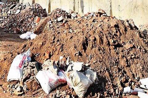 Khayam residents demand proper sanitation