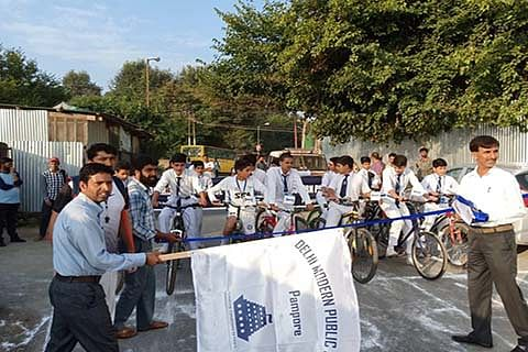 Delhi Modern School Pampore conducts cycle race