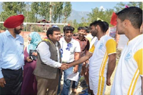 DC Ganderbal inaugurates Khelo India sports competitions