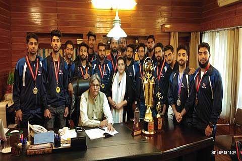 Vice-Chancellor felicitates KU Zakura campus sports team