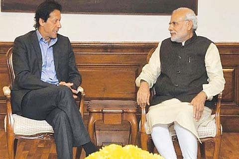 Imran writes to Modi, seeks to re-start talks