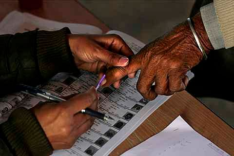 J&K Civic  polls: 982 file nominations; Over 16 lakh eligible to cast vote