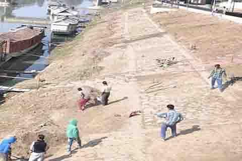 Govt begins work on Jhelum beautification under Smart City project