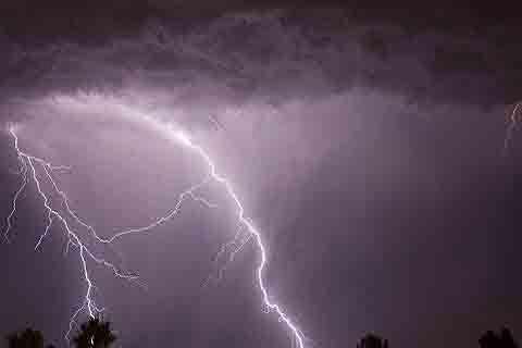 Man killed, girl injured in lightning strike