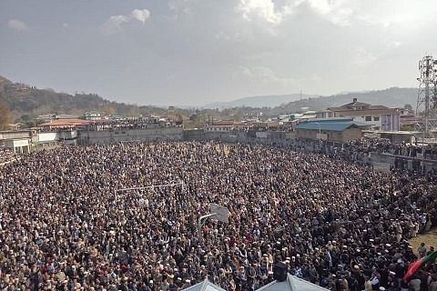 Thousands attend last rites of veteran PaK leader Sardar Khalid Ibrahim