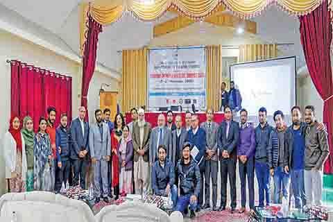Tourism entrepreneurship in Kashmir