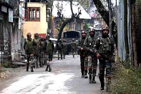 Security agencies 'find it difficult' to make local militants surrender during gunfights