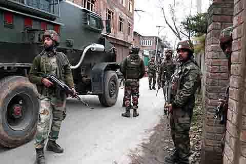 Firing during CASO in Shuhama, militants 'escape'